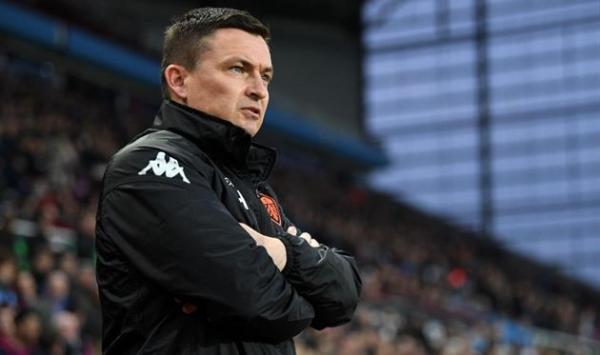 Лидс уволил тренера спустя четыре месяца работы